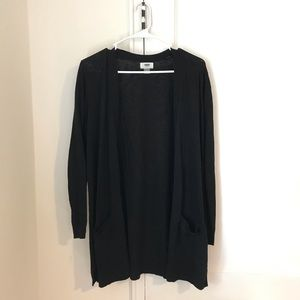 Old Navy Long sleeve Black Cardi w/pockets (M)